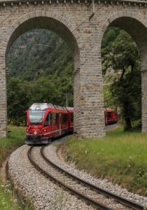 Digitale billeder jernbanemotiv 02 Sølv Linda Jeppesen Under broen